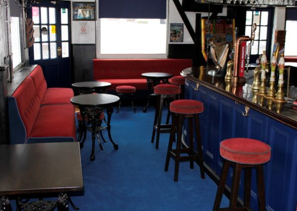 Pub Bench & Stool Seating